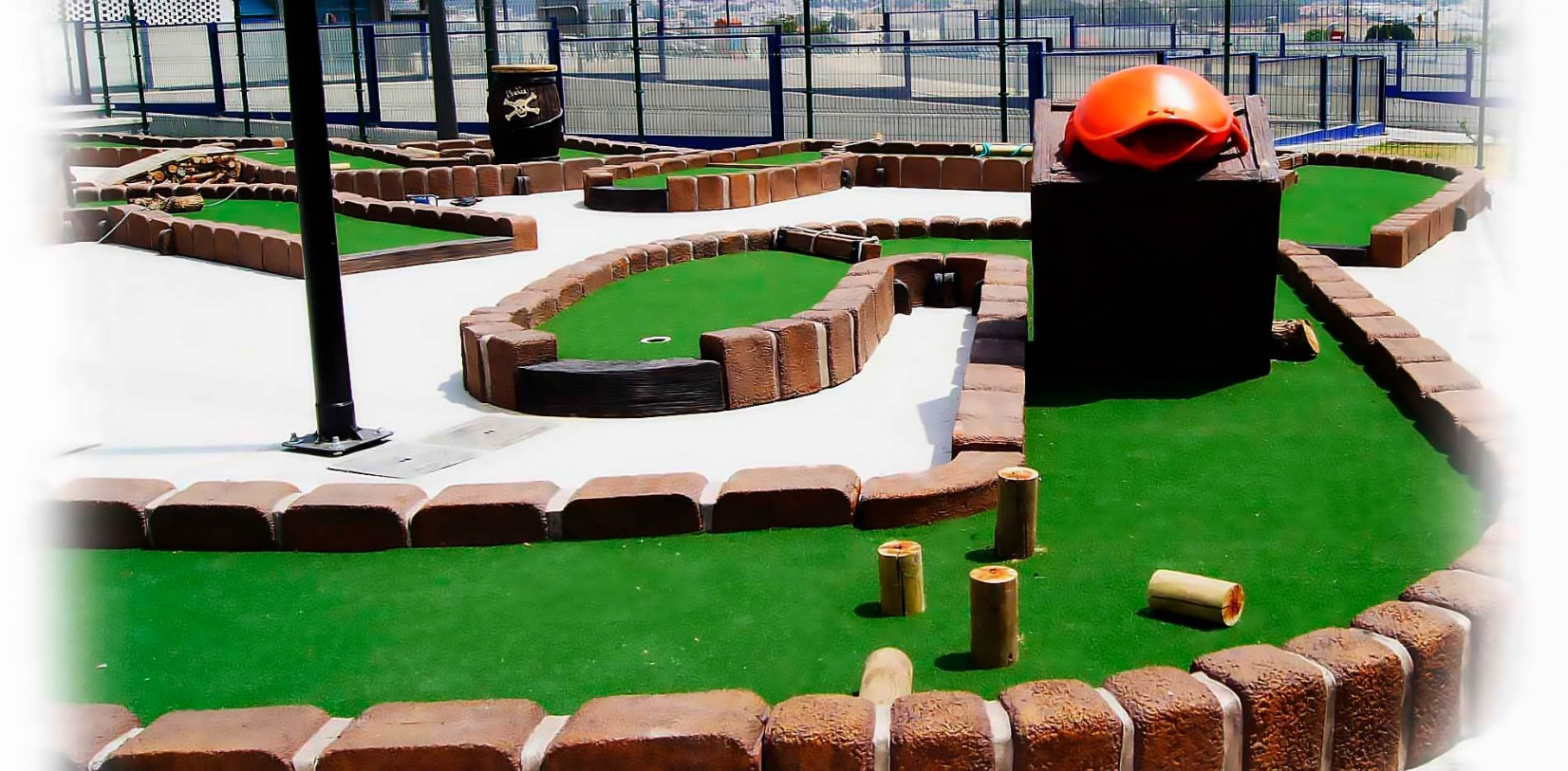 fabricante de hoyos mini golf